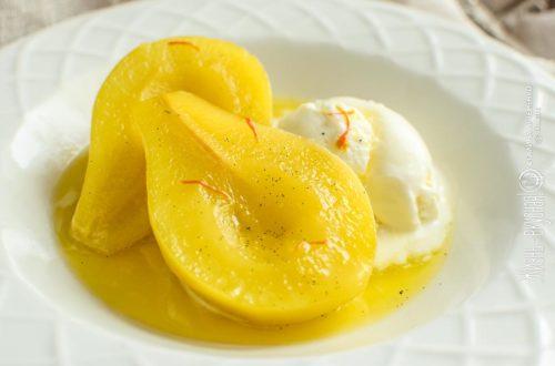 груши в сиропе с шафраном и ванилью