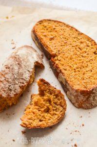 хлеб с вялеными томатами