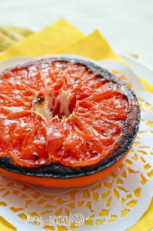 запеченный грейпфрут с корицей