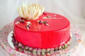 муссовый торт с ягодами