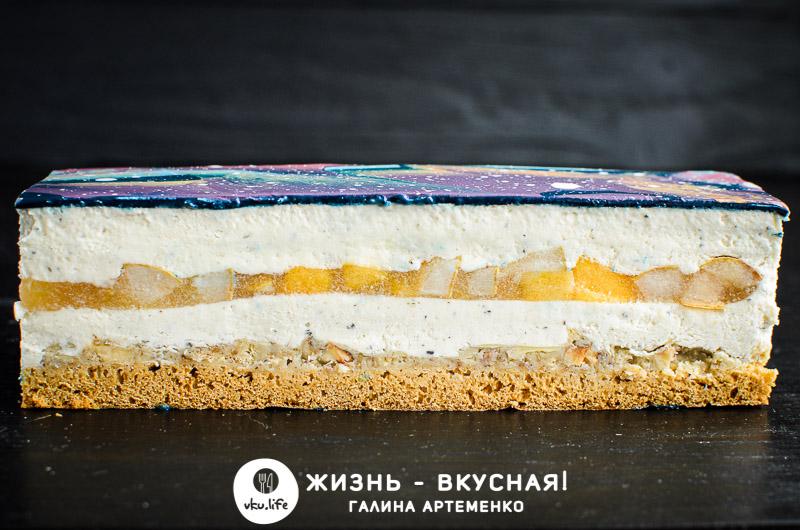 торт с грушей пирсиком сыром