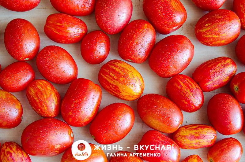 маринуем помидоры на зиму в банках вкусно
