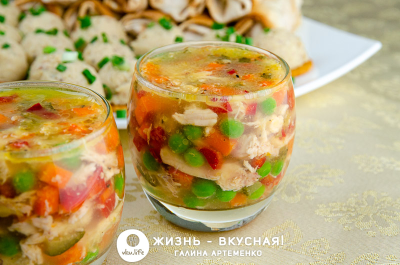новогодний стол за 1000 рублей меню