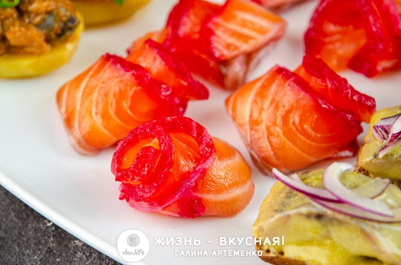 закуска с красной рыбой